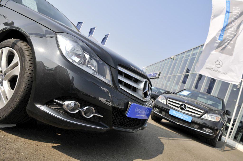 Magnifier par l'image l'une des marques automobiles les plus emblématiques