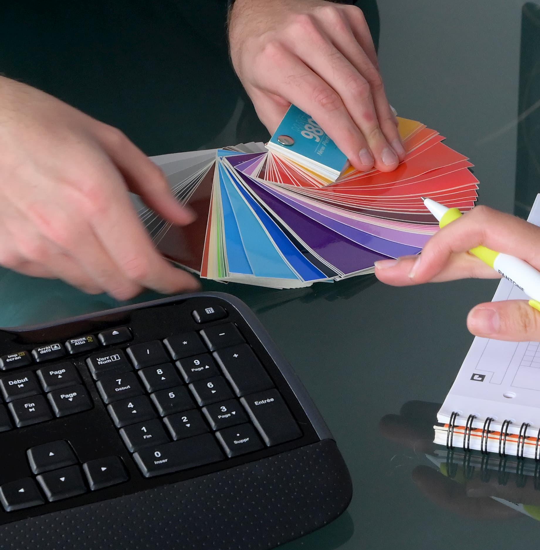 ComFX - Agence conseil en communication print et digitale pour le BtoB
